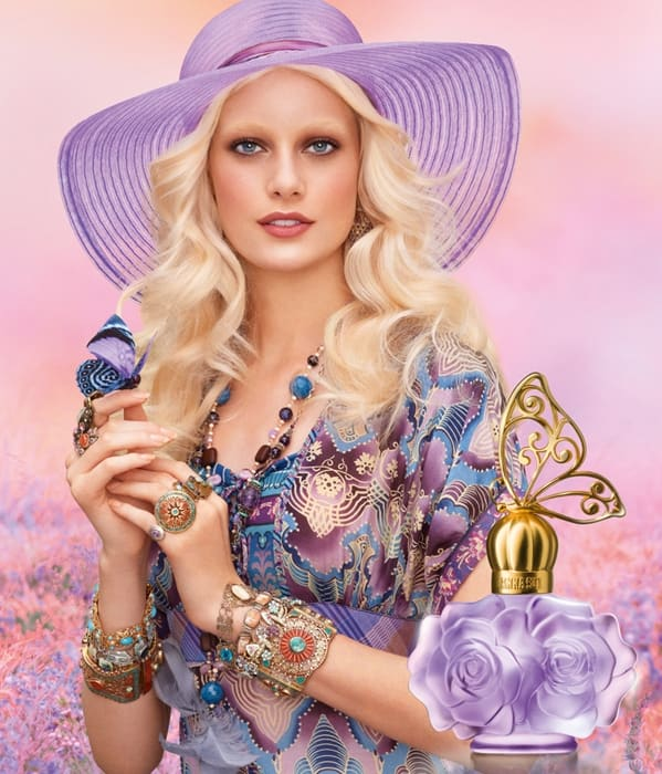 Anna Sui Fashion Industry News