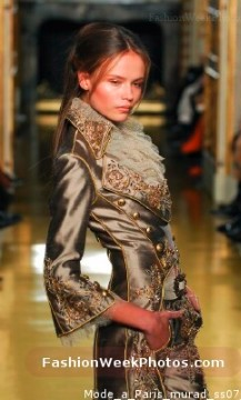 Clothing Industry Favorites - this picture is from the Fashion Week Photos website.